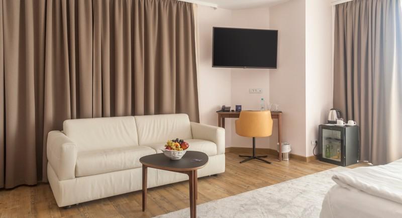 Луксозна Двойна стая - мека мебел
