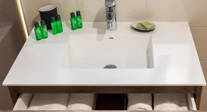Апартамент - баня в луксозната стая