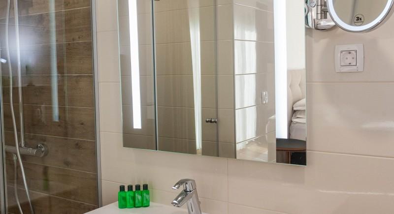 Супериорна двойна стая - баня